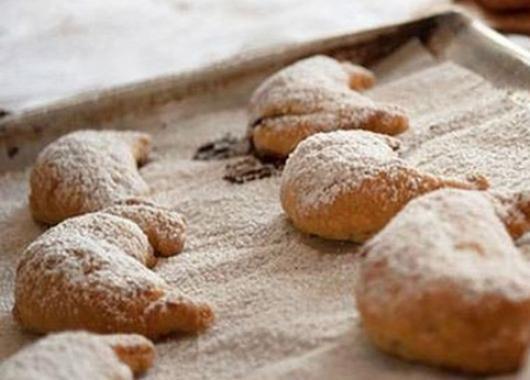 Σκαλτσούνια : Αγιορείτικη νηστίσιμη συνταγή