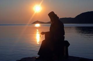 Ένας γέροντας - διηγήθηκε ὁ ἀββᾶς Κασσιανὸς - ποὺ ἀσκήτευε στὴν ἔρημο, παρακάλεσε τὸ Θεὸ νὰ τοῦ δώσει τοῦτο τὸ χάρισμα: